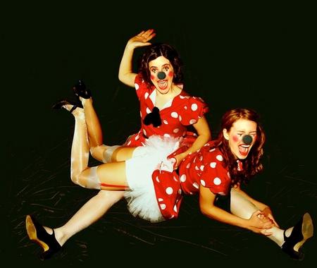 clownspanking 001